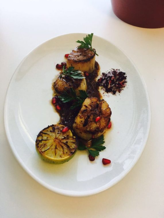 Scallop, Pomegranate and Sumac onion